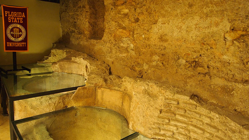 CLASSROOMS. Remains of medieval tanning tanks in one of FSU Valencia's classrooms.