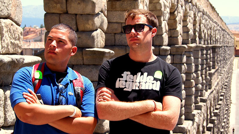Segovia Students in front of the 2000 year old roman aqueduct.