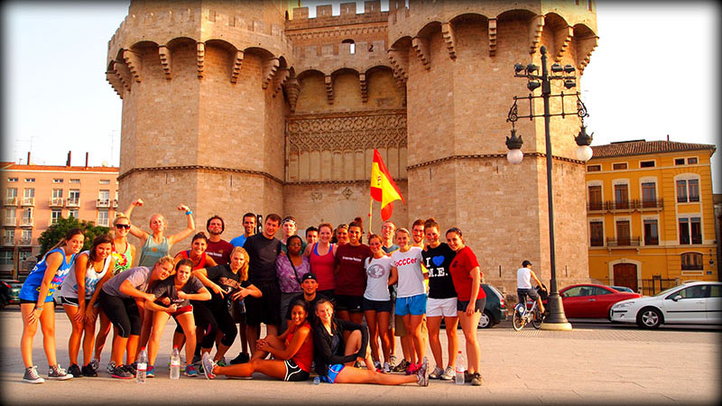 STUDY CENTER. Students in front of the Study Center, located to the right of the Torres de Serranos.