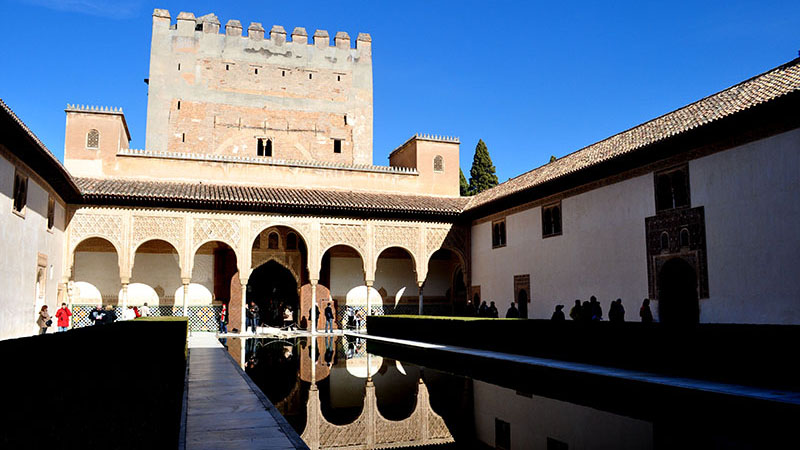 Student's picture inside the Alhambra palace during the Andalucía Trip.